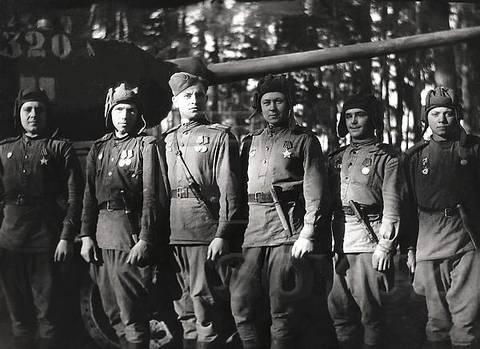 30-й Уральский добровольческий танковый корпус.