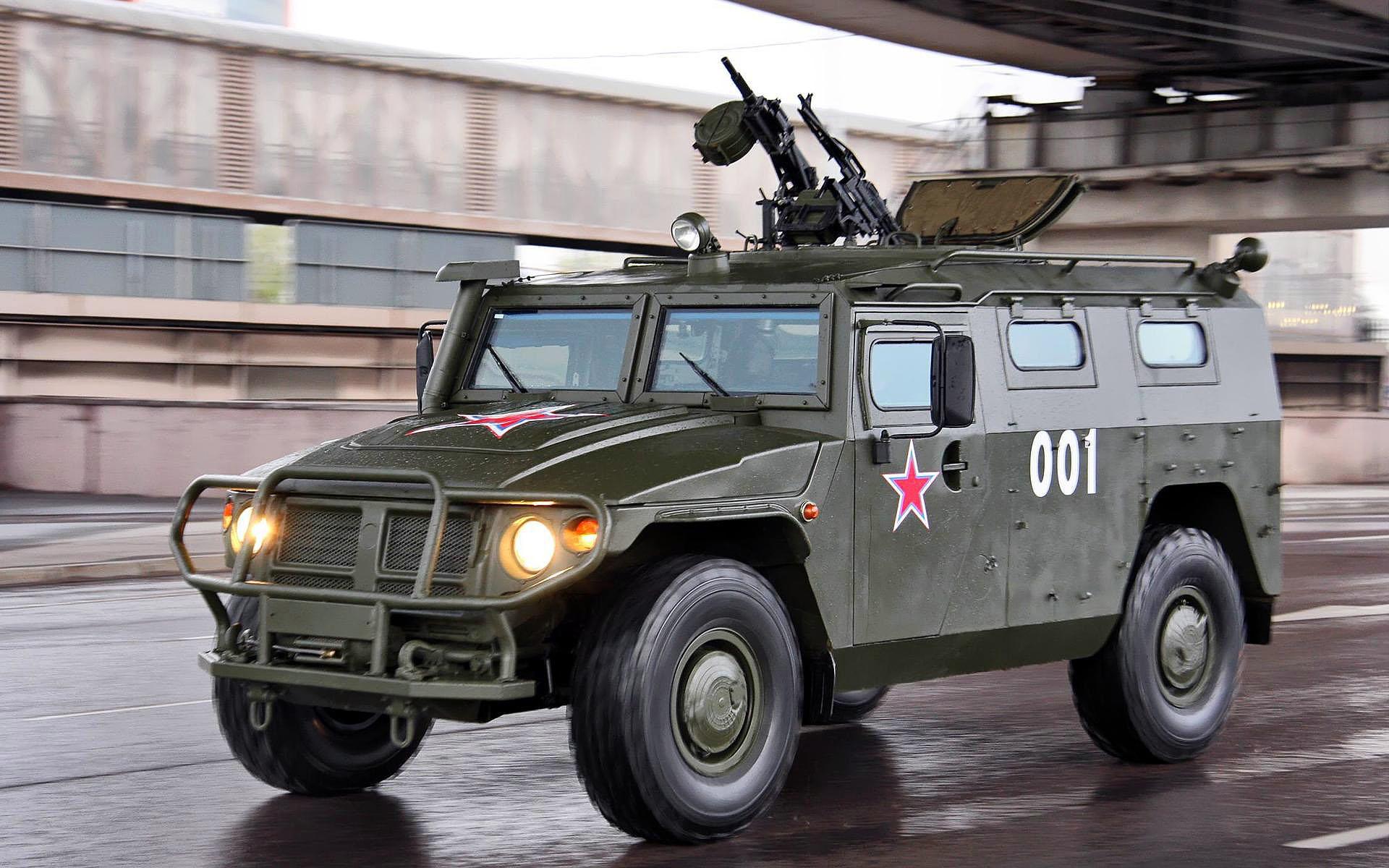 """ГАЗ-2330 """"Тигр"""" (военный бронеавтомобиль)"""