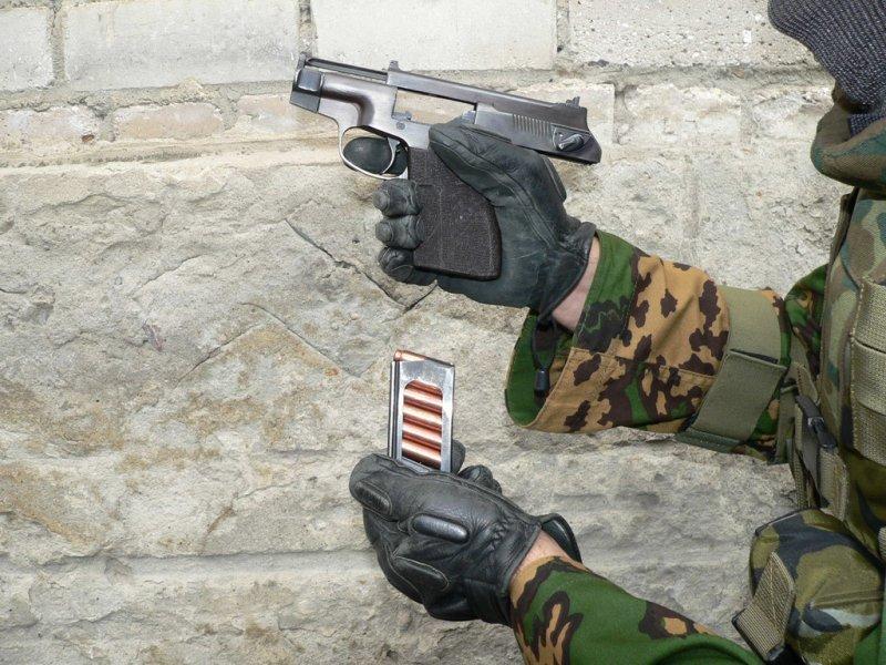 Бесшумный пистолет ПСС Вул