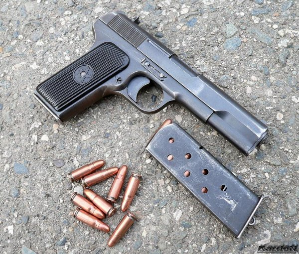 tt-33-armejskij-pistolet-01