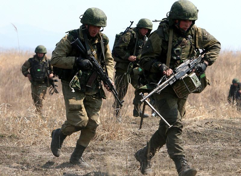 soldat-s-pechenegom-01