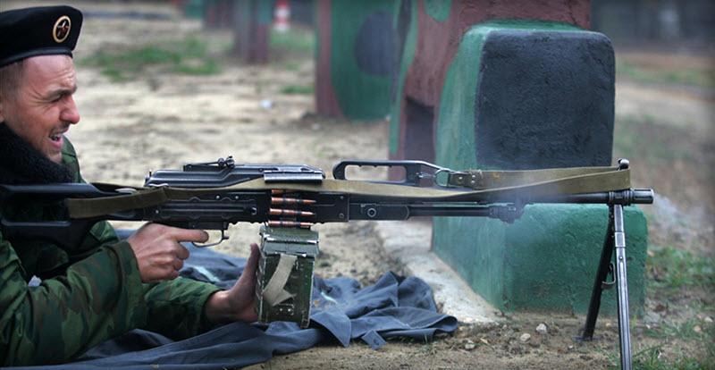 soldat-s-pechenegom-10